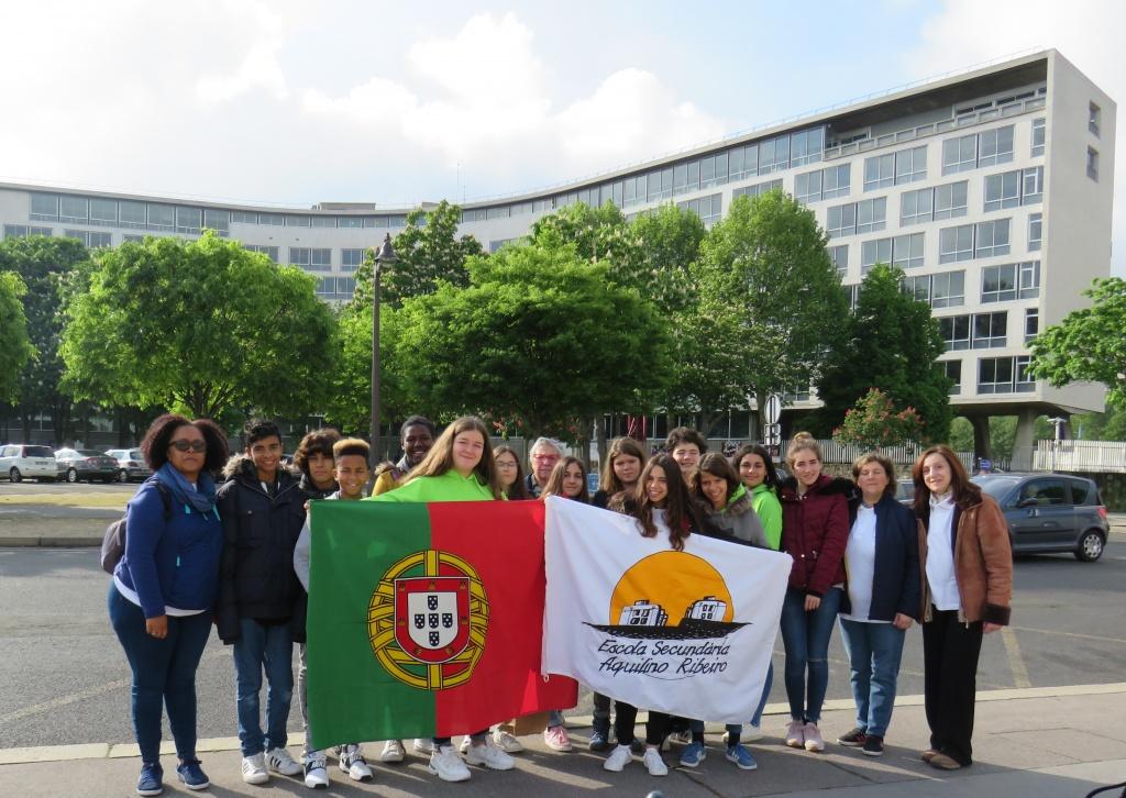 AEAR - Escola Básica e Secundária Aquilino Ribeiro, Porto Salvo, na Sede da UNESCO  Paris, 27 a 30 Abril 2019