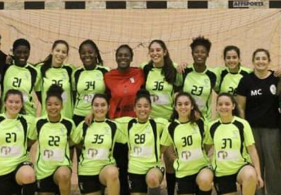 Andebol juvenil feminino da AEAR parte em defesa do titulo
